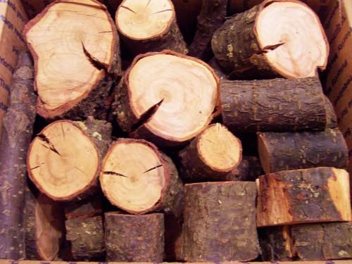plum_wood_smoker_smoking_chunks_seasoned_553_cubic_inch_88b8f7f9