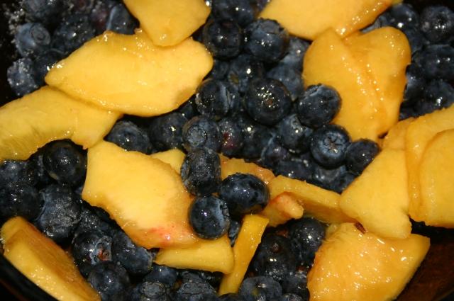 Blueberries/Peach Slices